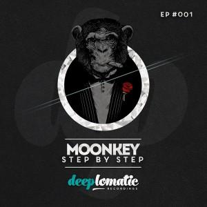 Moonkey – Step by Step